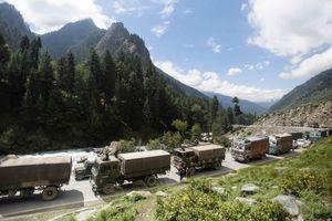 Trung-Ấn lại 'gầm gừ nhau' trên dãy Himalaya