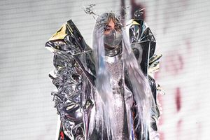 Lady Gaga 'càn quét' VMA 2020 với 9 bộ trang phục