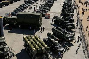 Chứng sợ Nga đã khiến cho các quốc gia Baltic bấn loạn...
