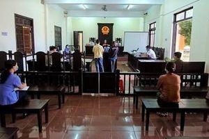 Viện kiểm sát phối hợp với Tòa án tổ chức xét xử 3 phiên tòa rút kinh nghiệm