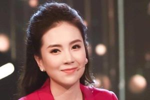 Đối diện tin đồn bỏ về sớm vì 'thua cuộc' tại VTV Awards 2020, BTV Mai Ngọc lên tiếng