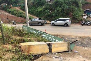 Cổng trường đổ sập khiến 3 học sinh tử nạn: Ai chịu trách nhiệm?