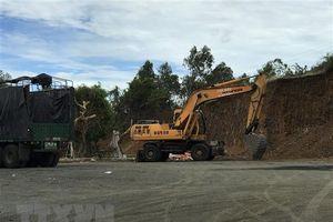 Vụ san phẳng quả đồi ở Phú Yên: Yêu cầu tháo dỡ công trình vi phạm