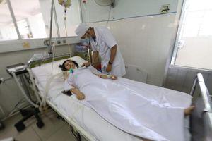 Khánh Hòa: 2 vợ chồng ngộ độc pate Minh Chay phải nhập viện
