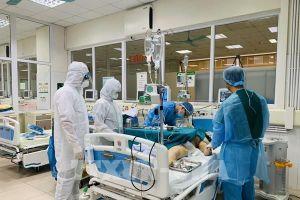 Đỡ đẻ thành công cho một sản phụ là bệnh nhân COVID-19