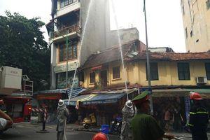 Diễn tập phương án chữa cháy, cứu nạn tại phố Hàng Mã