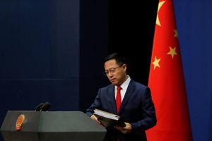 Bắc Kinh phản pháo việc Mỹ thu hồi thị thực người Trung Quốc