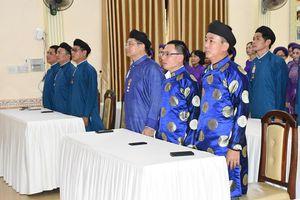 Công chức ở Huế mặc áo dài đi làm: Tôn vinh di sản, phát triển du lịch!