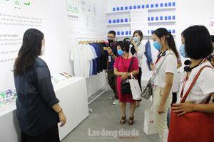 Uniqlo giới thiệu về LifeWear và Bộ sưu tập Thu Đông 2020 tại Hà Nội