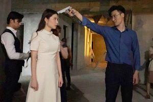 Tình Yêu Và Tham Vọng: Linh bị Phong gí súng vào đầu, Minh thờ ơ đứng phía sau?