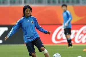 Cầu thủ nữ Nhật Bản đầu quân cho đội tuyển nam