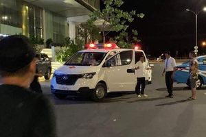 Xe cứu thương miễn phí của ông Đoàn Ngọc Hải vừa gặp tai nạn giao thông