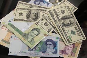 Đồng nội tệ rial của Iran tiếp tục giảm giá kỷ lục so với USD