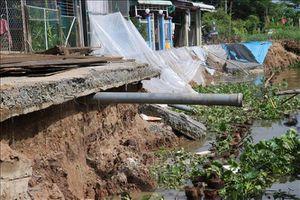 Áp dụng biện pháp khẩn cấp khắc phục tình trạng sạt lở bờ Tây sông Cần Lố