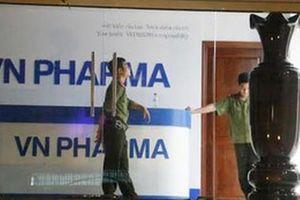 Bắt một cán bộ hải quan 'dính' đường dây thuốc ung thư giả tại VN Pharma