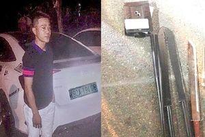 Tài xế trốn trong quán karaoke sau khi gây tai nạn
