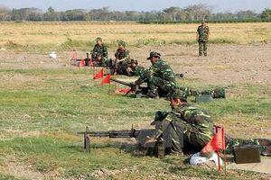 Súng máy M60 7,62 mm sử dụng trong huấn luyện ở nước ta