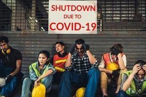 Thanh niên Mỹ bị tác động tâm lý nặng nề vì COVID