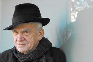 Nhà văn Milan Kundera thắng giải Franz Kafka 2020