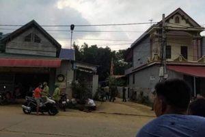 Phú Thọ: Bị hàng xóm ném gạch vào đầu, người đàn ông ngã ra đường tử vong