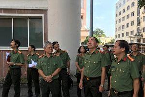 Thứ trưởng Trần Quốc Tỏ làm việc với Văn phòng Bộ Công an và Cục Hồ sơ nghiệp vụ
