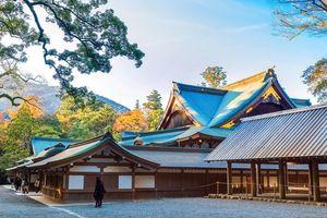 Ngôi đền thiêng 20 năm được xây dựng lại một lần