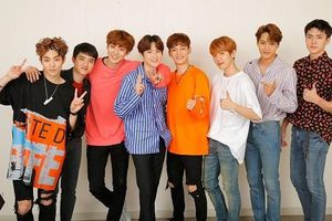 Trong thế giới fangirl: EXO là trang sách thanh xuân, giở trang nào cũng thấy hạnh phúc