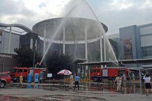 Cứu thoát 7 người trong đám cháy giả định ở Trung tâm thương mại Aeon Mall Long Biên
