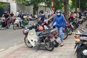 Giảm ùn tắc giao thông trước cổng trường
