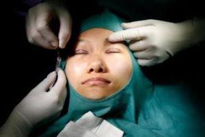 Phụ nữ Đông Nam Á tranh thủ đi phẫu thuật thẩm mỹ sau dịch