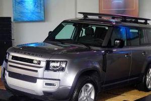 Có giá bán từ hơn 3,8 tỷ đồng, Land Rover Defender mới vừa ra mắt tại Việt Nam có gì hay?