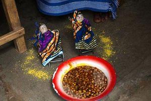Kỳ lạ phong tục nuôi dưỡng hình nhân của hài nhi đã chết ở Tây Phi