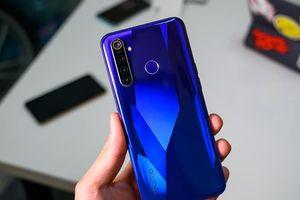 Realme Q: Series smartphone với sạc nhanh 65W, nhiều công nghệ mới sắp ra mắt