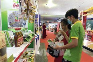 Nhiều giải pháp thay đổi văn hóa tiêu dùng hàng Việt
