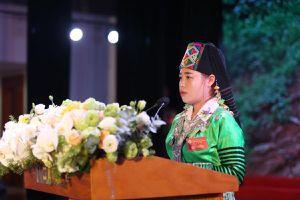 Hành trình cô giáo Sùng Thị Tông vận động 100% trẻ đến trường