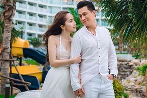 Soi tình duyên của cặp đôi tin đồn Việt Anh - Quỳnh Nga