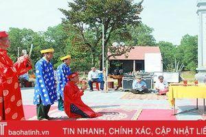 Thành kính lễ giỗ Đức Thánh Trần ở Hà Tĩnh