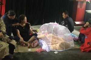 Hoàn cảnh thương tâm của gia đình bé gái 3 tuổi bị nước lũ cuốn tử vong, nhà cửa bị 'xóa sổ'