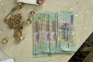 Bắt nóng đối tượng đột nhập nhà dân trộm tài sản lớn