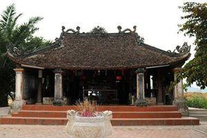 Bức tượng 'Đầu người đội Phật' gần 1000 năm tuổi ở chùa Bà Bụt