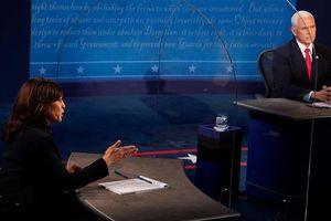 Tranh luận: Phân tích tấm kiếng ngăn ông Pence và bà Harris