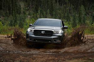 Honda giới thiệu xe bán tải động cơ V6, cạnh tranh với Ford Ranger Raptor