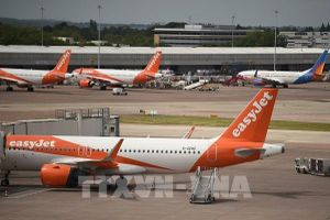 Anh: Hãng hàng không EasyJet đối mặt với với khoản lỗ hơn 1 tỷ USD