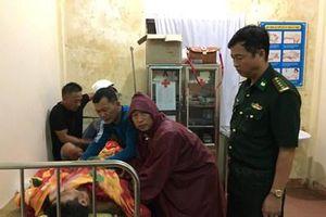 Dùng trực thăng cứu 23 người gặp nạn trên vùng biển Quảng Trị