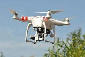 Dùng UAV giám sát môi trường