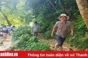 Phóng viên các cơ quan báo chí trung ương thường trú tại Thanh Hóa đi thực tế tại huyện Thạch Thành