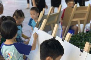 Hơn 300 thiếu nhi Thủ đô và quốc tế tham gia thi vẽ tranh 'Em yêu Hà Nội- Thành phố vì Hòa Bình'