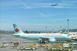 Air Canada thâu tóm đối thủ Transat AT với 'giá bèo'