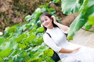 'Nàng thơ' Phạm Thị Ngọc Thanh trong veo với nắng thu