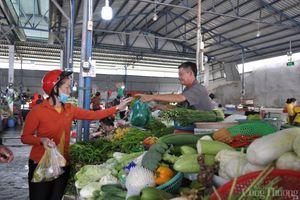 Giá thực phẩm hôm nay 12/10: Giá rau củ ổn định